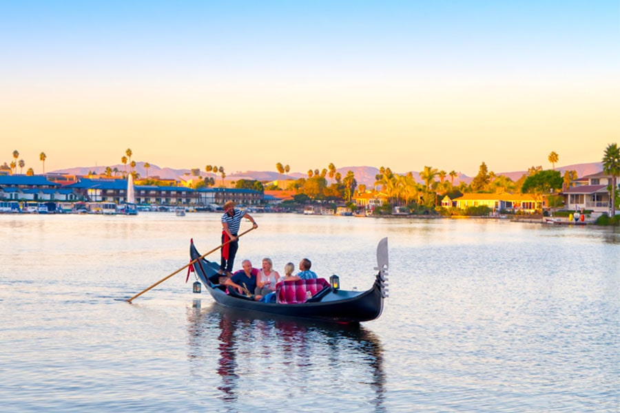 San Diego Date Activity | Black Swan Gondola